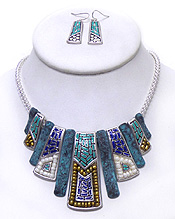 BEADS WITH METAL TRIBAL DESIGN NECKLACE SET