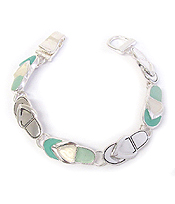 SEALIFE THEME SEA GLASS MAGNETIC BRACELET - FLIPFLOP