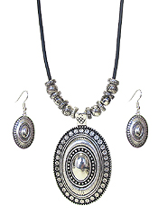 TEXTURED METAL PENDANT AND CORD NECKLACE SET - OVAL
