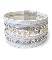 FRESHWATER PEARL AND MULTI LAYER METALIC LEATHER MAGNETIC BRACELET