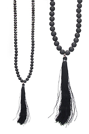 THREAD TASSEL AND MULTI MIX BEAD NECKLACE