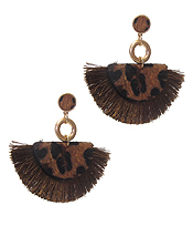 ANIMAL PRINT AND THREAD TASSEL EARRING