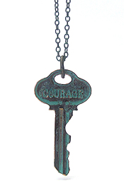 INSPIRATIONAL WORD STAMPED VINTAGE KEY PENDANT NECKLACE - COURAGE