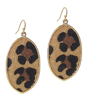 ANIMAL PRINT OVAL EARRING
