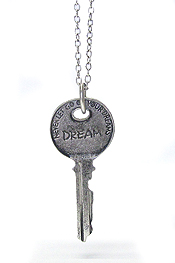 INSPIRATIONAL WORD STAMPED VINTAGE KEY PENDANT NECKLACE - DREAM