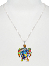 DESIGNER PATTERN PENDANT NECKLACE - TURTLE