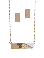 RATTAN AND WOOD MIX BAR PENDANT NECKLACE SET