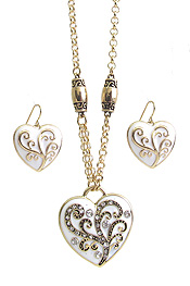 DESIGNER INSPIRATION EPOXY PUFFY HEART PENDANT NECKLACE SET
