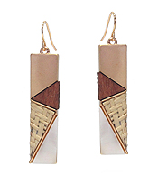 RATTAN AND WOOD MIX BAR EARRING