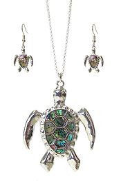 ABALONE TURTLE PENDANT NECKLACE SET