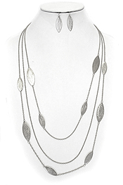 MULTI LAYER SCRATCH METAL NECKLACE SET