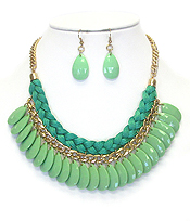 FABRIC ROPE AND CHAIN MIX ACRYLIC TEARDROP NECKLACE EARRING SET