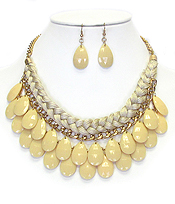 FABRIC ROPE AND CHAIN MIX DOUBLE ACRYLIC TEARDROP NECKLACE EARRING SET