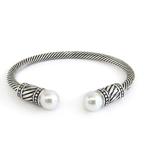 DESIGNER STYLE PEARL AND METAL CABLE BANGLE BRACELET