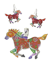 GRAFFITI ART STYLE HORSE WING PENDANT AND EARRING SET