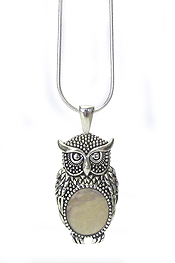 MOP OWL PENDANT NECKLACE
