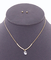 SOLE CUBIC ZIRCONIA STONE NECKLACE SET