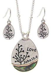 RELIGIOUS INSPIRATION PENDANT NECKLACE SET - LOVE