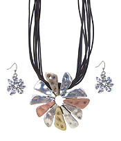 VINTAGE METAL FLOWER PENDANT AND MULTI CORD NECKLACE SET