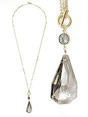 FACET STONE PENDANT LONG TOGGLE NECKLACE
