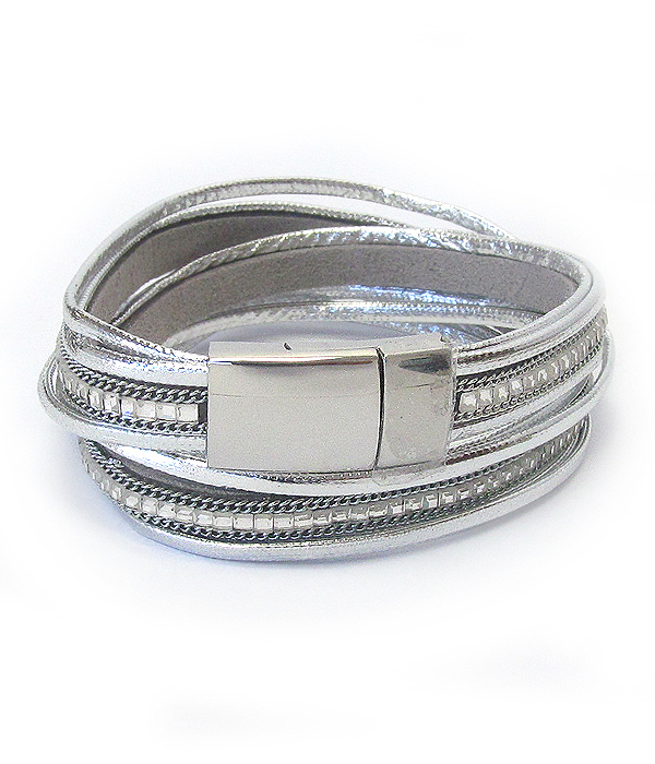 MAGNETIC LAETHER WRAP BRACELET