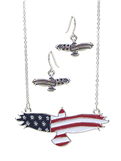PATRIOTIC AMERICAN FLAG EAGLE PENDANT NECKLACE SET