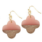RESIN AND WOOD EARRING - QUATREFOIL
