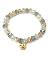 METAL DISC CHARM AND FACET STONE STRETCH BRACELET
