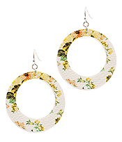FAUX LEATHER FLOWER PRINT HOOP EARRING