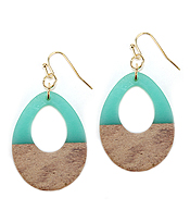 RESIN AND WOOD EARRING - TEARDROP