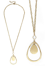 TEARDROP METAL PENDANT LONG NECKLACE