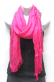 SOLID CRINKLE AND FRINGE EDGE SCARF