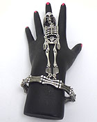 CRYSTAL SKULL AND SKELETON LINK STRETCH BANGLE BRACELET AND RING SET