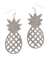 METAL CONTOUR LINE PINEAPPLE EARRING