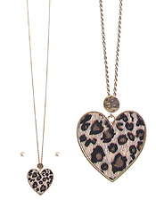 ANIMAL PRINT HEART LONG NECKLACE SET