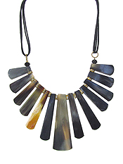 TRIBAL STYLE HORN BAR NECKLACE