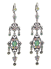 VINTAGE LUXURY CLASS CRYSTAL CHANDELIER EARRING