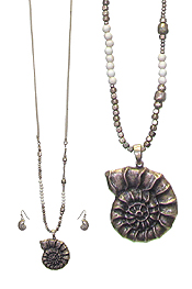 SEA SHELL PENDANT AND MIX BEAD LONG NECKLACE SET