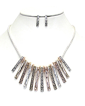 METAL TEXTURED MULTI BAR NECKLACE SET