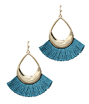 METAL TEARDROP AND FAN TASSEL EARRING
