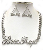 BEEZ TRAP LARGE METAL PENDANT AND THICK CHAIN NECKLACE EARRING SET