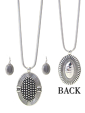 DESIGNER TEXTURED DOUBLE SIDED PENDANT NECKLACE SET