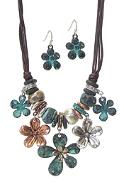 MULTI FLOWER CHARM LINK AND CORD NECKLACE SET