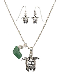 TEXTURED SEA TURTLE NECKLACE SET