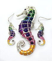 MULTI COLOR SEA LIFE THEME PENDANT SET