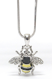 WHITEGOLD PALTING CRYSTAL AND EPOXY BEE PENDANT NECKLACE