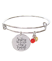 INSPIRATION MESSAGE STAMP DISC CHARM WIRE BANGLE BRACELET - SISTERS MAKE THE PERFECT BEST FRIEND
