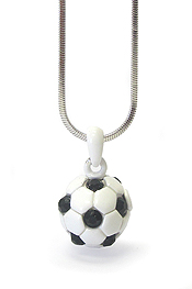 WHITEGOLD PLATING CRYSTAL MINIATURE SOCCER NECKLACE
