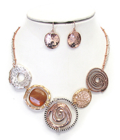 MULTI SWIRL DISC LINK NECKLACE SET