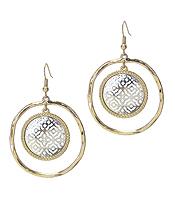 METAL FILIGREE DISC DANGLE EARRING